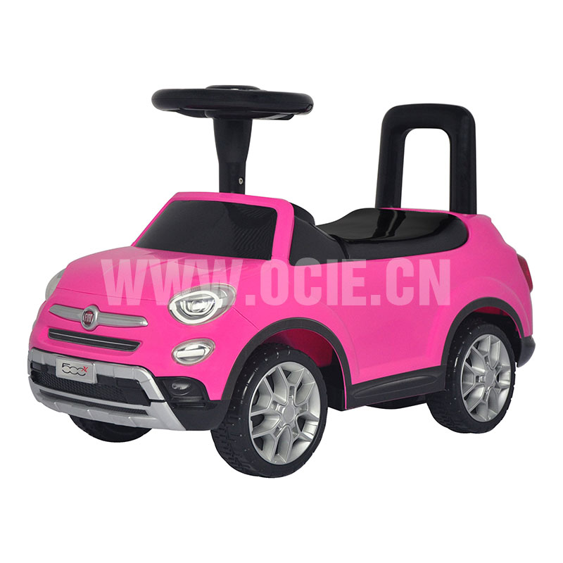 RIDE ON CAR W/LICENSED FIAT 500X
